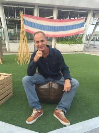 1Alan-sitting-on-hemp-chair-in-hemp-jeans-armani-and-hemp-shirt-hoodlamb-200x267