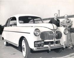 6-17-ford-hemp-car-13286429493_399723ef94_z-250x195