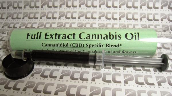 CBD-extract-Cannabis-Oil-780x438