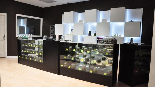 Santa-Ana-Dispensary-Design-780x438