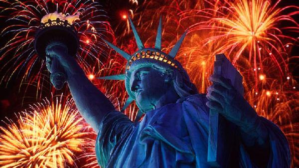 Statue_Of_Liberty_NewYork_Harbor-780x438