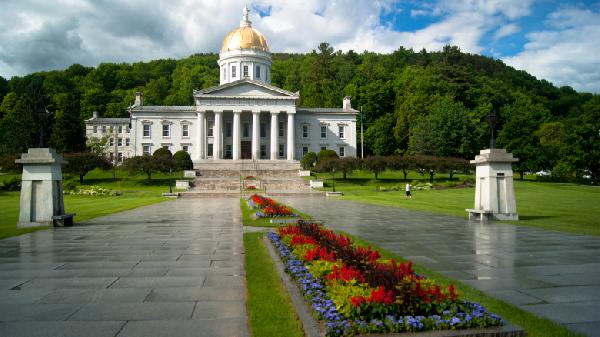 Vermont_State_House_in_Montpelier-780x438