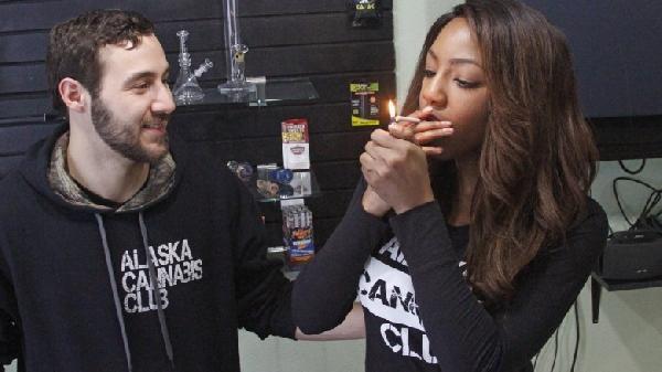 alaska-marijuana_wide-e8626edb1bc976f3837f6690a3b4738d6bfab2fa-780x438
