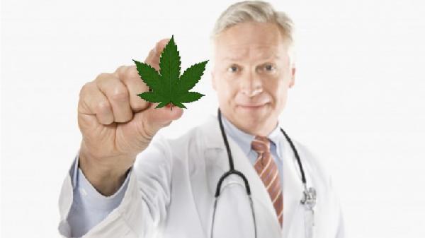 image_doctor-marijuana-leaf-001-780x438