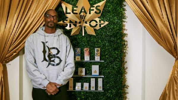 snoopweedlaunch_article_1-780x438