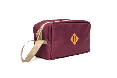 Abscent Toiletry Bag – Crimson